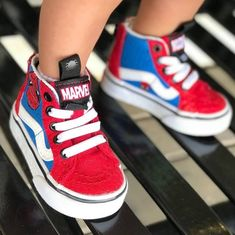Achieve the next era straight into the sneaker twist with the newest kid trainers and toddler sneakers. Toddler Boy Fashion, Toddler Boy Outfits, Kids Outfits, Kids Fashion, Toddler Sneakers, Baby Sneakers, Toddler Shoes, Cute Baby Shoes, Baby Boy Shoes