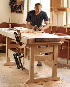 Preview - A Workbench 30 Years in the Making - Fine Woodworking Article