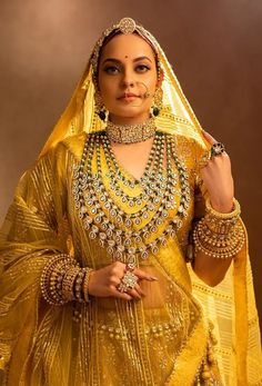 Indian Bridal Sarees, Indian Bridal Outfits, Indian Bridal Fashion, Indian Bridal Wear, Indian Fashion Dresses, Indian Designer Outfits, Rajasthani Bride, Rajasthani Dress, Indian Wedding Bride