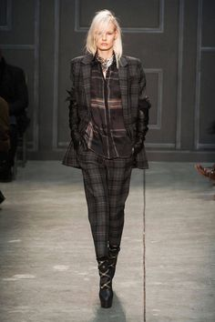 Fall 2014 Trend Report - Runway Fall Fashion Trends 2014 - Harper's BAZAAR These pants!