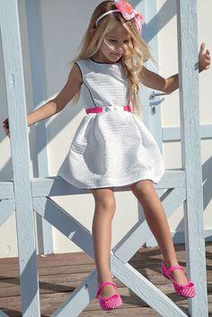 ALALOSHA: VOGUE ENFANTS: Прохладные платья Simonetta SS13 для жаркого солнца