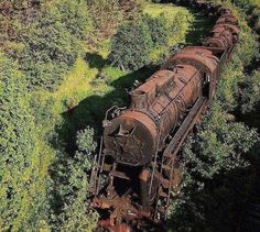 Tagged with trains, abandoned; Abandoned train somewhere in Siberia Abandoned Buildings, Abandoned Train, Abandoned Mansions, Abandoned Houses, Abandoned Places, Abandoned Factory, Abandoned Library, Abandoned Detroit, Abandoned Vehicles