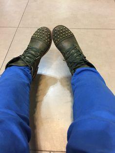 Clogs, Fashion, Accessories, Clog Sandals, Moda, Fashion Styles, Fashion Illustrations