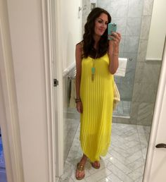 Perfect summer time outfit color combo : A yellow maxi dress and a piece of turquoise jewelry! // JennySueMakeup.com
