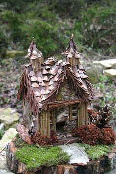 Home made fairy cottage. My darling daughter has already made 3 fantabulous Fairy Houses for the garden:)