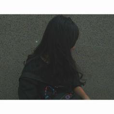Black Hair Aesthetic, Aesthetic Girl, Girls Dp Stylish, Stylish Girl Images, Ulzzang Korean Girl, Cute Korean Girl, Autumn Photography, Girl Photography Poses, Shaved Hair Women
