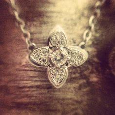 베루체 나르시아 다이아몬드 목걸이. Narcisse Necklace #christmas #gift #necklace #크리스마스선물