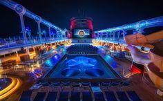 Vive una explosiva mezcla de emociones: Navega en un fantástico #crucero, disfruta de los Fiordos Noruegos y vive la mejor experiencia con tus personajes Disney favoritos. Recorre el Norte de Europa con un increíble crucero Disney. http://www.felicesvacaciones.es/crucero-disney-norte-de-europa-1016/