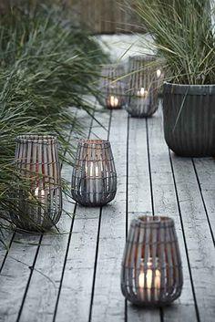 15 Garden Lanterns that Will Transform Your Yard to Romance Novel Status   How…