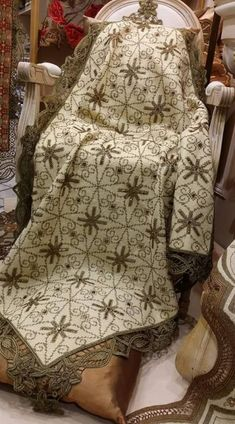 Galleryru D¤d¾n'd¾ 63 Embroidery Alphabet, Cross Stitch Embroidery, Hand Embroidery, Cross Stitch Patterns, Embroidery Designs, Crochet Patterns, Celtic Cross Stitch, Sewing Stitches, Vintage Shops