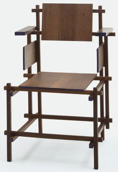 Gerrit Rietveld - Hoge Stoel Highback or revised electric chair. 1920s Furniture, Bauhaus Furniture, Metal Chairs, Cool Chairs, Wooden Chairs, Chair Design, Furniture Design, Pin On, Sofa Chair