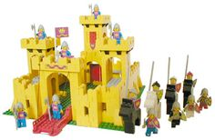 The original Lego castle in yellow, first released in 1978.