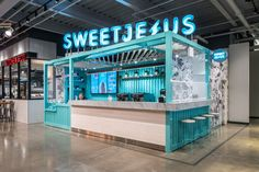 The new Sweet Jesus location in the Market & Co space at Upper Canada Mall in Newmarket, ON Kiosk Design, Cafe Design, Booth Design, Retail Design, Store Design, Interior Design, Container Coffee Shop, Container Bar, Retail Facade