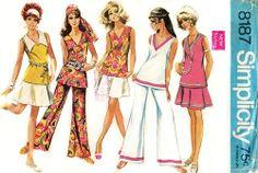 Simplicity 8187 Jaunty Mod Overblouse, Skirt & Bell Bottom Pants 1969