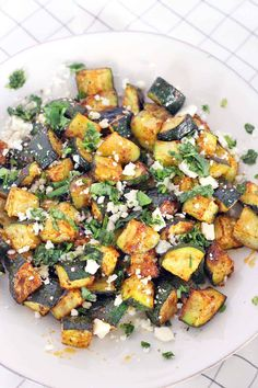 Roasted Mexican Zucchini A low-carb side to any Mexican dish- a great alternative to rice and beans! Easy to make and and jam-packed with flavor similar to Mexican street corn. Mexican Side Dishes, Keto Side Dishes, Low Carb Recipes, Cooking Recipes, Healthy Recipes, Freezer Recipes, Lunch Recipes, Crockpot Recipes, Dinner Recipes
