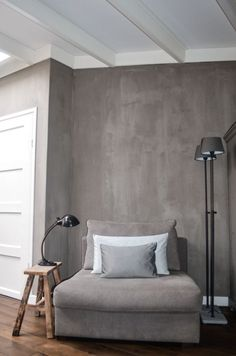 Taupe woonkamer