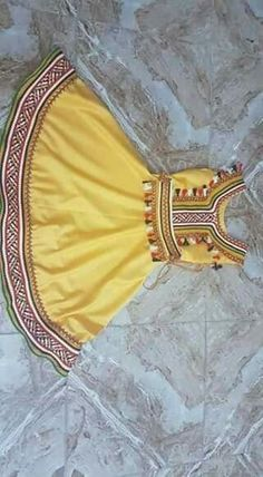 Trendy Ideas For Baby Dress Design Pakistani Best Baby Clothes Brands, Cool Baby Clothes, Girls Dresses Sewing, Little Girl Dresses, Cotton Frocks For Kids, Kids Blouse Designs, Mother Daughter Fashion, Baby Dress Design, Afghan Dresses