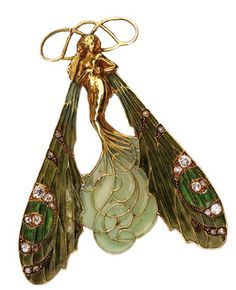 Beautiful Art Nouveau styled dragonfly faerie brooch.