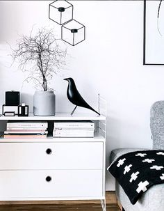 Via My Full House | Black White | Vitra Eames Bird | Menu | Pia Wallen Cross Blanket