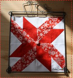 This would be a great Barn quilt or wall hanging for the season.
