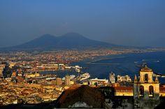 497  Napoli - golfo di Napoli e Vesuvio ripreso da Castel Sant'Elmo - Campania ( foto di Daniela Alessi )