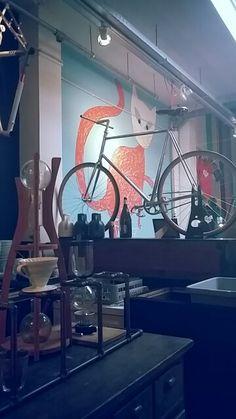 Lola bikes and coffee #noordeinde #citycenter #denhaag