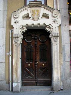Old door, Calle Mayor, Madrid | por j.labrado