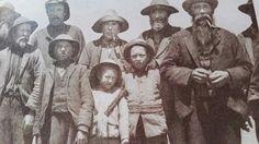Kommando 1901 gevange geneem naby Piet Retief. Jong penkoppe teenwoordig.Krediet Sophia Edwards.