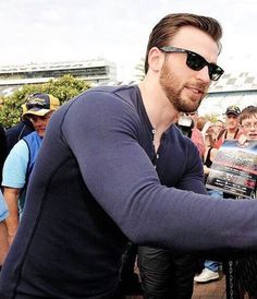 (137) Chris Evans - Twitter Search