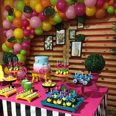 67 ideas party ideas for adults neon for 2019 24th Birthday, Luau Birthday, Birthday Parties, Birthday Ideas, Christmas Balloons, Adult Party Themes, Pool Party Decorations, Flamingo Party, Tropical Party