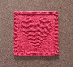 Aunt Susan's Closet is your source for unique handmade dishcloths, baby wash cloths, and DIY dishcloth knitting patterns! Knitted Dishcloth Patterns Free, Knitting Squares, Knitted Washcloths, Knit Dishcloth, Knitting Blocking, Knitting Charts, Knitting Patterns Free, Baby Knitting, Crochet Patterns