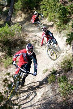 Play hard | mountain biking