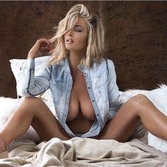 Kelly Deinstadt Nude