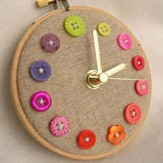 Button clock. Would be really cute in my craft area. No tutorial, but would be easy enough to figure out.
