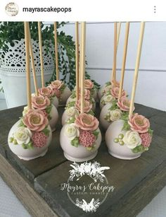 Baby shower cake pops recipe cakepops Ideas for 2019 Pretty Cakes, Cute Cakes, Beautiful Cakes, Flower Cake Pops, Flower Cakes, Magnum Paleta, Wedding Cake Pops, Wedding Cakes, Baby Shower Cake Pops