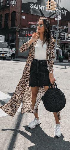 Look with kimono Kimono 👘 Long Kimono Outfit, Look Kimono, Japan Fashion, Look Fashion, Fashion Outfits, Cool Outfits, Casual Outfits, Summer Outfits, Style Du Japon