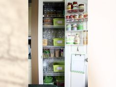 shelves on the back of the pantry door?  need to do this.