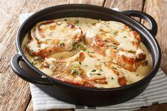 Creamy Pork Chops Boneless Pork Loin Chops, Tender Pork Chops, Pork Chop Recipes, Meat Recipes, Cooking Recipes, Diabetic Recipes, Dinner Recipes, Oven Baked Chicken, Gourmet
