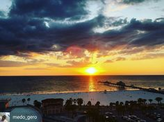 The sunset on @jimmys_crows_nest is magical. One of the best beach views in clearwater.  #bestbeachviews #bestrooftop #sunsets #sunset_pics #dinningwithaview #clearwater #beach #beachviewdinning