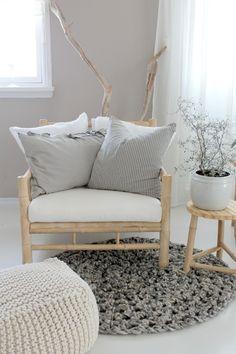 """Idyll og him: Stillben """" My favoritt chair"""""""