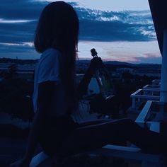 grafika girl, grunge, and sunset
