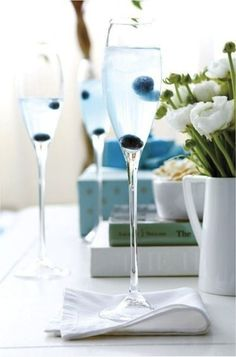 Add a hint of something blue to the champagne toast with blueberries! #wedding #somethingblue