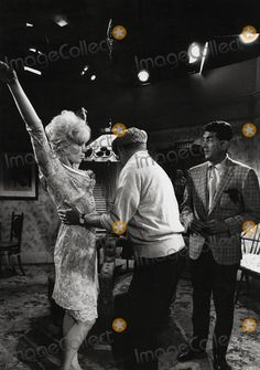 Billy Wilder Directs Kim Novak and Dean Martin in Kiss ME, Stupid Photo: Winson Muldrow/Globe Photos Inc