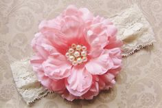 This is a beautiful flower headband!