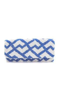 Beaded Blue and White Clutch Spring Handbags, Best Handbags, White Beads, Blue Beads, White Clutch, Beaded Clutch, Little Bag, Carrie Bradshaw, All About Fashion