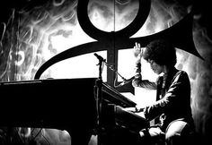 """Midway through his first of two solo piano performances Thursday night at Paisley Park, Prince told the crowd: """"This is usually what I do around this time of night. Prince Instagram, Purple Rain Movie, The Artist Prince, Hes Gone, Paisley Park, Dearly Beloved, Draw On Photos, Roger Nelson, Prince Rogers Nelson"""