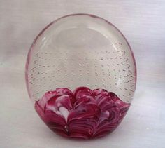 MONTE DUMLAVY GLASS OVAL PAPERWEIGHT PURPLE LAVENDER WHITE CRYSTAL BUBBLE SIGNED