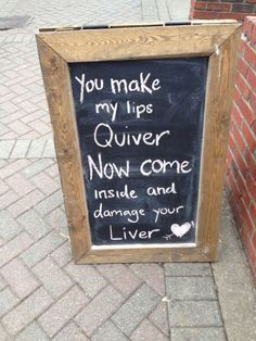 Sign outside of a pub Funny Bar Signs, Pub Signs, British Pub, British Humor, Beer Puns, Funny Drinking Quotes, Famous Drinks, Have A Laugh, Store Signs