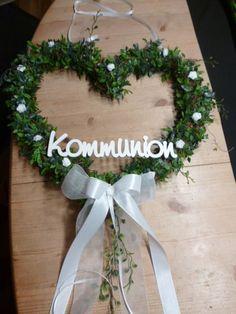 Türkranz zur Kommunion / Konfirmation  Ein nettes Willkommen schon an der Haustür.  Türkranz zur Kommunion ,Konfirmation oder Hochzeit,gebunden aus künstliche Blattgirlande und...