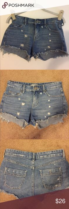 Free People Jean shorts Cut off distressed Jean shorts. Very soft and comfortable. Free People Shorts Jean Shorts